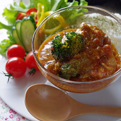チキンとブロッコリーのトマトクリームカレー